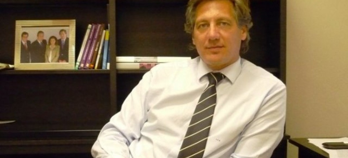 Pauta Oficial: ex sciolista y actual funcionario de Vidal, desairado por sus propios testigos