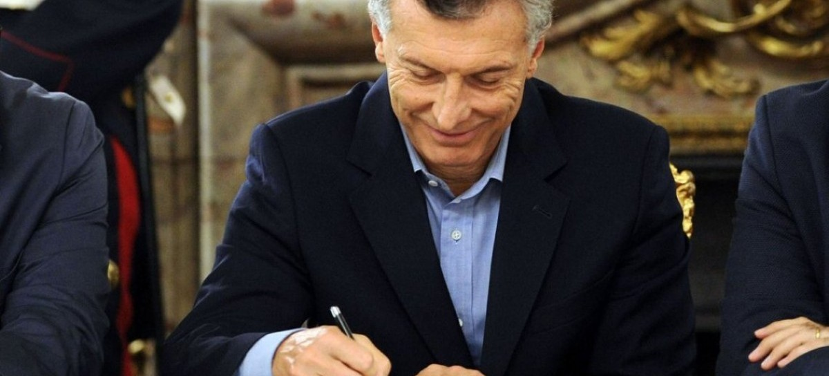 """La """"señal política"""" de la oposición duró poco: Macri ya vetó la ley"""