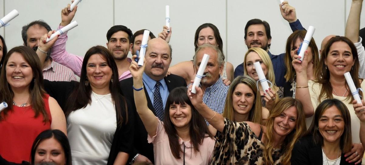 UNLP: otorgaron el título universitario a trabajadores no docentes