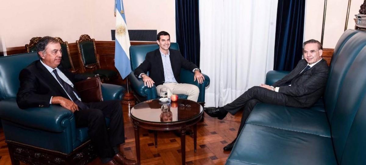 Juan Manuel Urtubey visitó al senador Miguel Pichetto para seguir avanzando en armado y diálogo