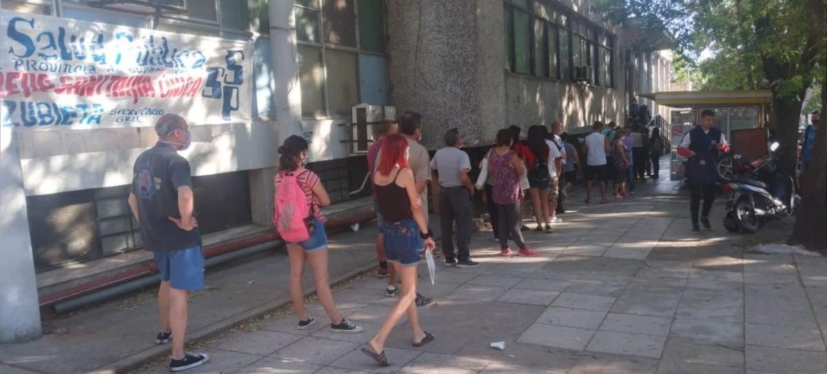 La salud pública, desbordada en el Hospital Rossi de La Plata