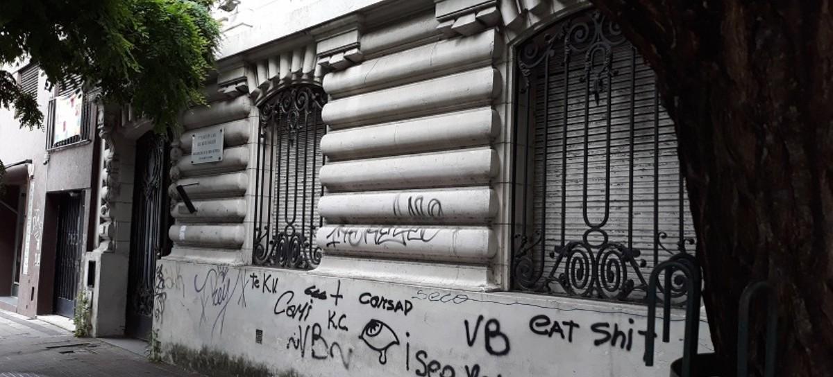 """UCR de La Plata: tiene una Escuela de Gobierno """"Ricardo Balbín"""", pero abandonó la casa de su líder"""