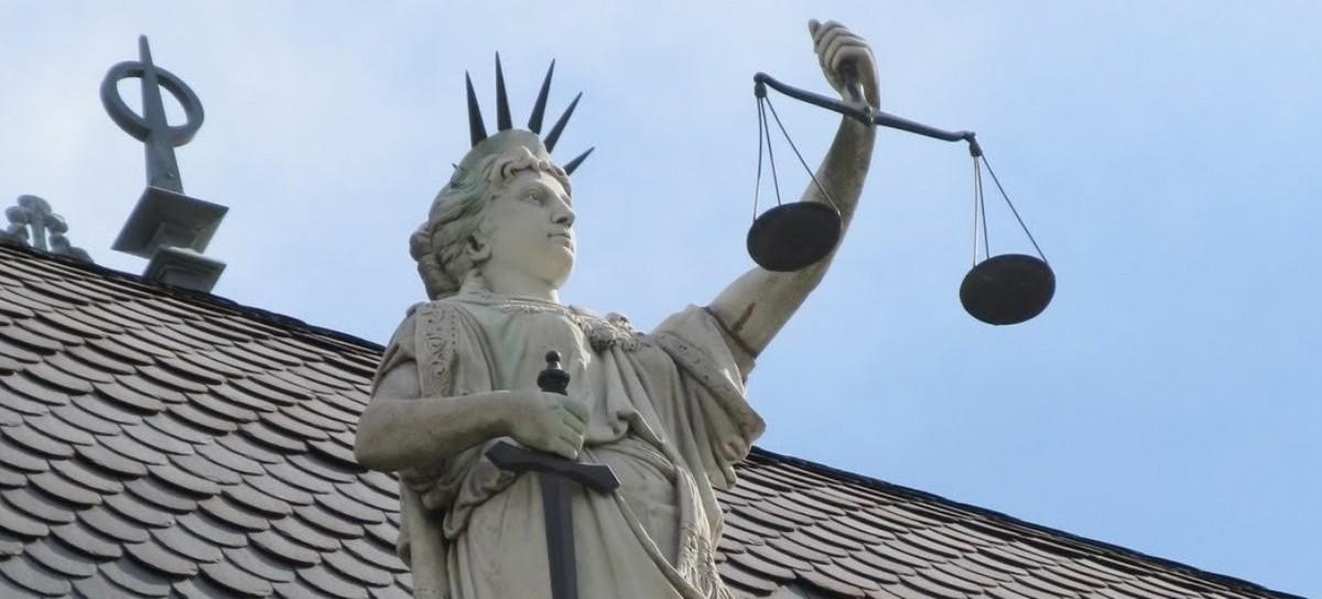 La Justicia, en caída libre, entre sanciones y escritos nazi-facsistas