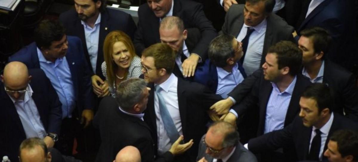 138 votos a favor, 103 en contra y 8 abstenciones: media sanción al Presupuesto nacional 2019