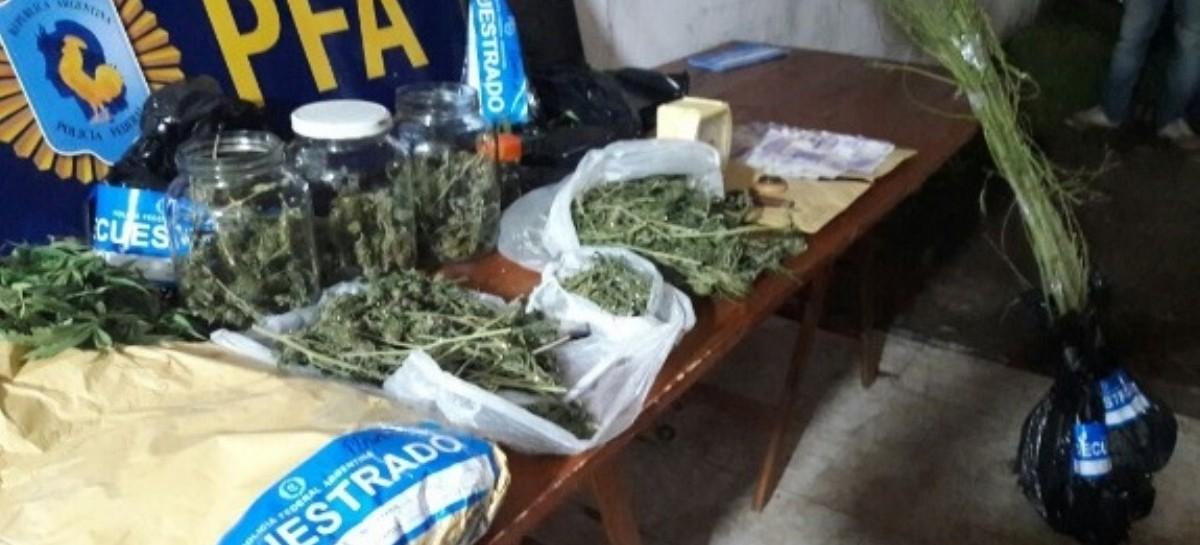 """La Policía Federal detuvo a """"dealers"""" e incautó cocaína y  marihuana en Chascomús y San Nicolás"""