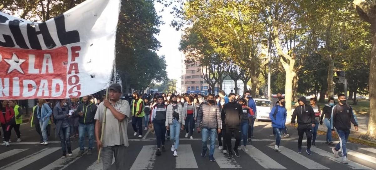 Cooperativistas de La Plata, en una dura batalla contra el gobierno de Julio Garro