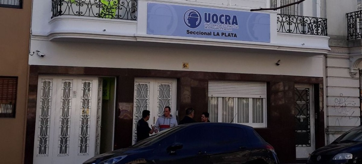 """Arde la Intervención de la UOCRA La Plata: trabajadores preparan una movilización """"sin precedentes"""""""