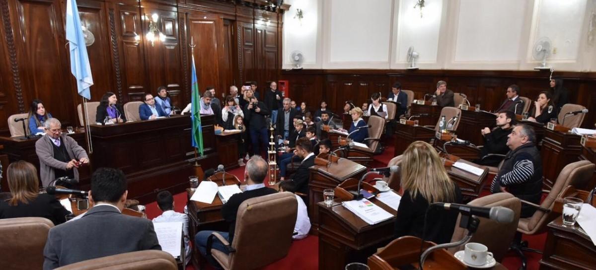 Ante el fracaso evidente de la quincena, concejales de La Plata piden sesionar una vez por semana