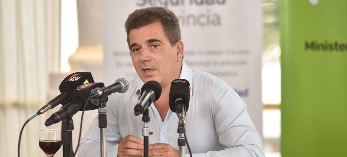 Arrecifes: Una mujer intentó apuñalar al ministro de Seguridad bonaerense, Cristian Ritondo