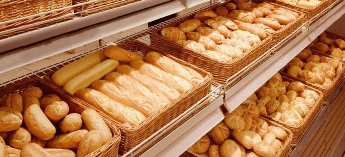 La devaluación hizo que la harina suba hasta 15 % esta semana: inminente aumento del precio del pan