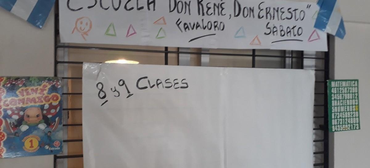 """En medio del paro docente, en La Plata abrieron una """"escuela"""" para que los chicos no pierdan clases"""