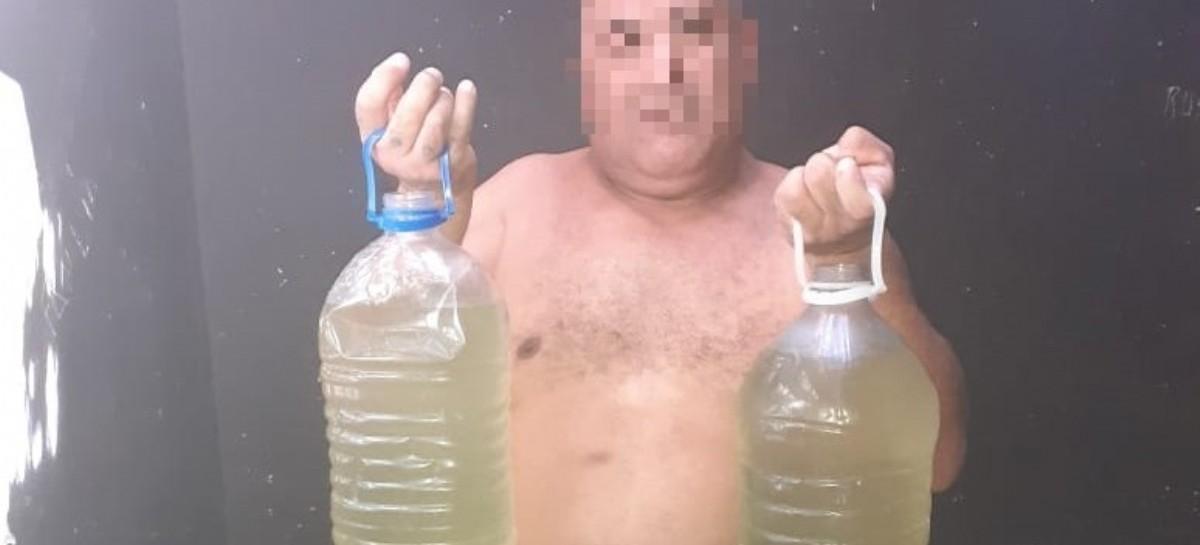 La otra condena a los presos de una Comisaría de La Plata: el agua que les dan de tomar