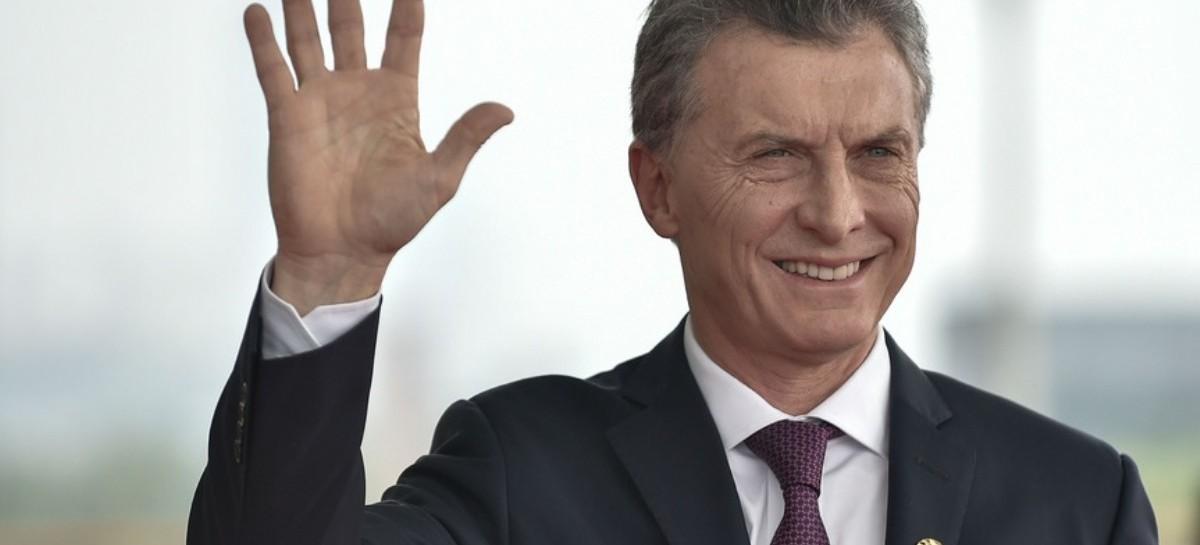 """Mauricio Macri dice que """"el mundo reconoce que estamos haciendo las cosas bien"""". ¿Y los argentinos?"""