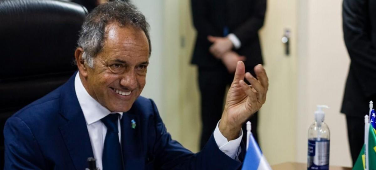 """El exgobernador bonaerense y embajador en Brasil, Daniel Scioli, pidió """"no subestimar al presidente"""""""