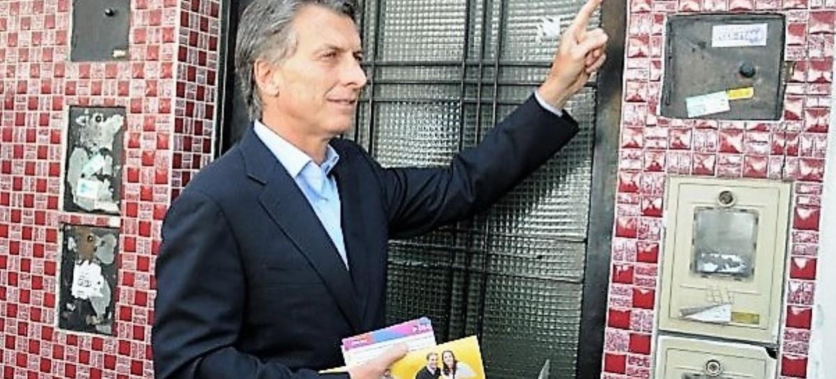 """HAY QUE PONER LA CARA: la orden de Macri a los dirigentes de Cambiemos para que salgan a """"timbrear"""""""
