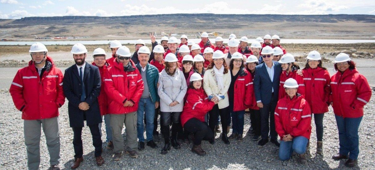 "Santa Cruz: la vicepresidenta Cristina Fernández visitó las obras de la represa ""Néstor kirchner"""