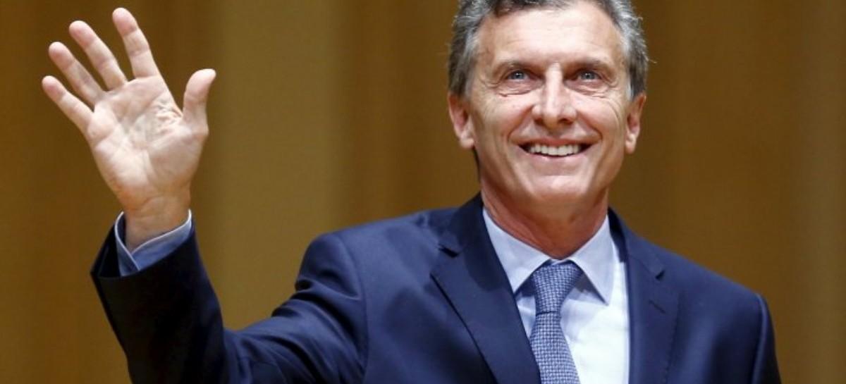Antes de reunirse con Rajoy, Macri cargó contra los supermercados chinos