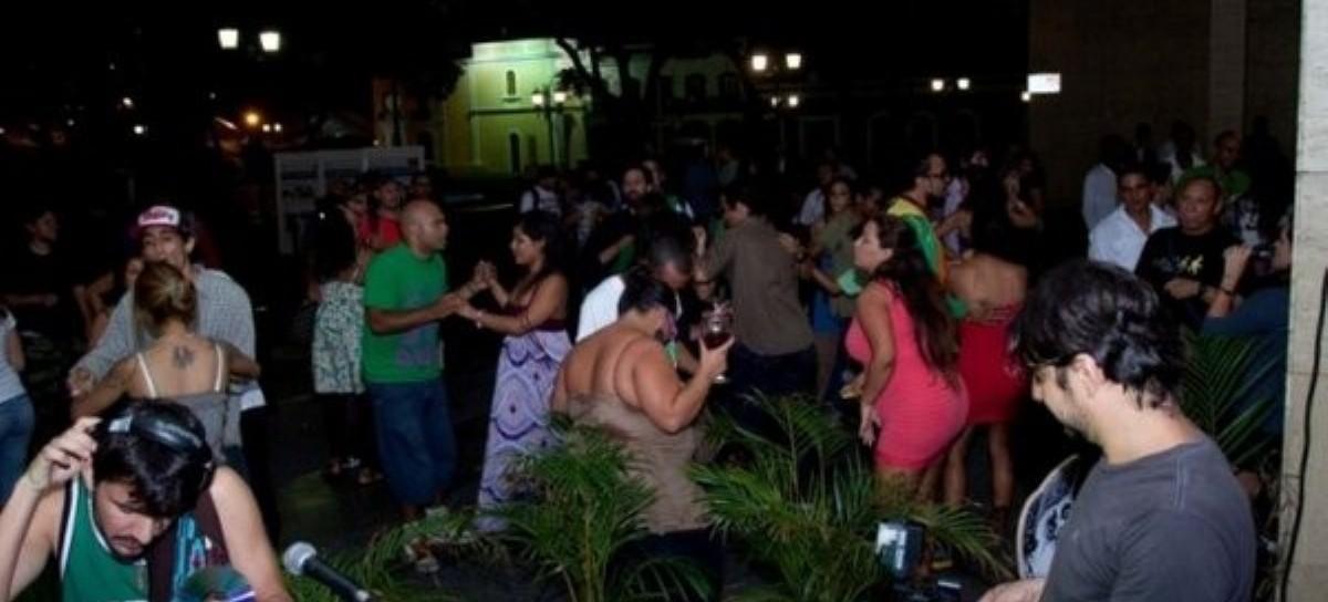 El Gobierno nacional autorizó al bonaerense a habilitar fiestas de hasta 200 personas