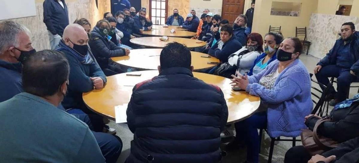 Paro en Berisso: sin acuerdo salarial, crece la tensión entre municipales y el intendente Cagliardi