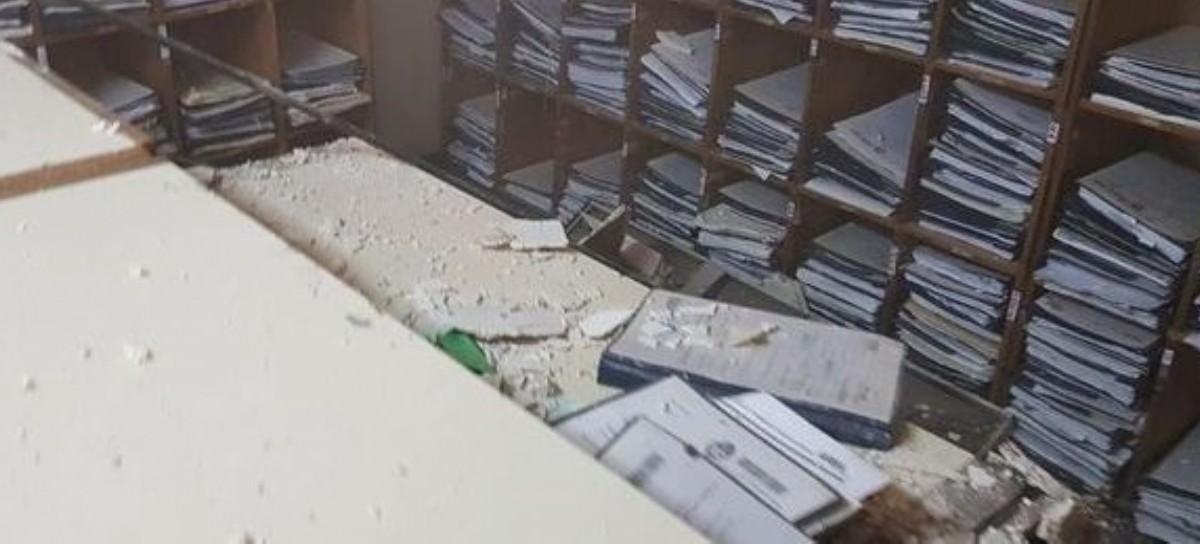 Ni el Palacio de Justicia bonaerense se salva del abandono: se cayó un cielorraso y unas luminarias