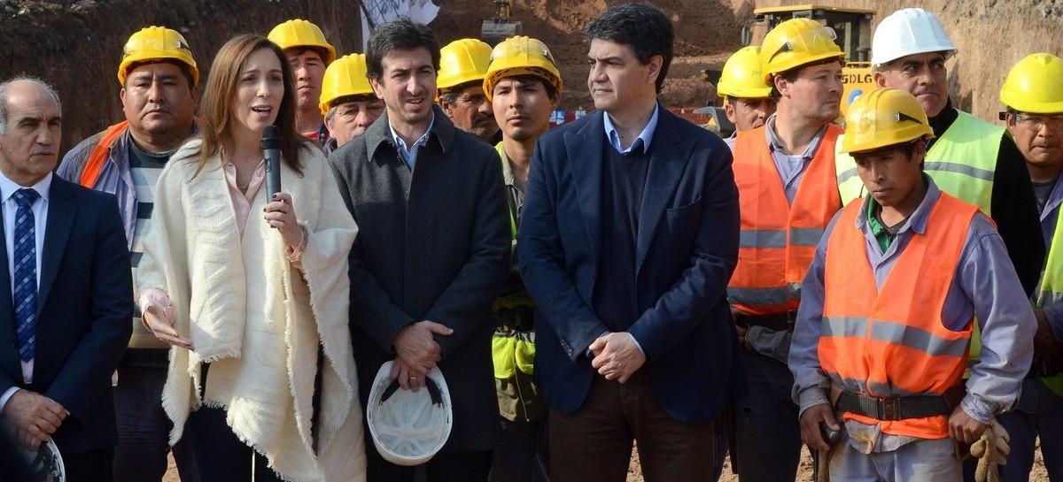 Pese a las dudas e incertidumbre, la gobernadora Vidal prometió que no se frenará la obra pública