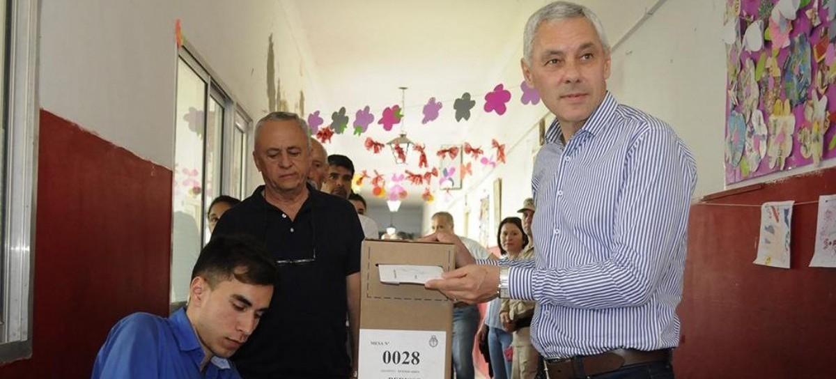 """Votó Fabián Cagliardi: """"Hoy es el día donde empezamos a poner a Berisso de pie"""""""