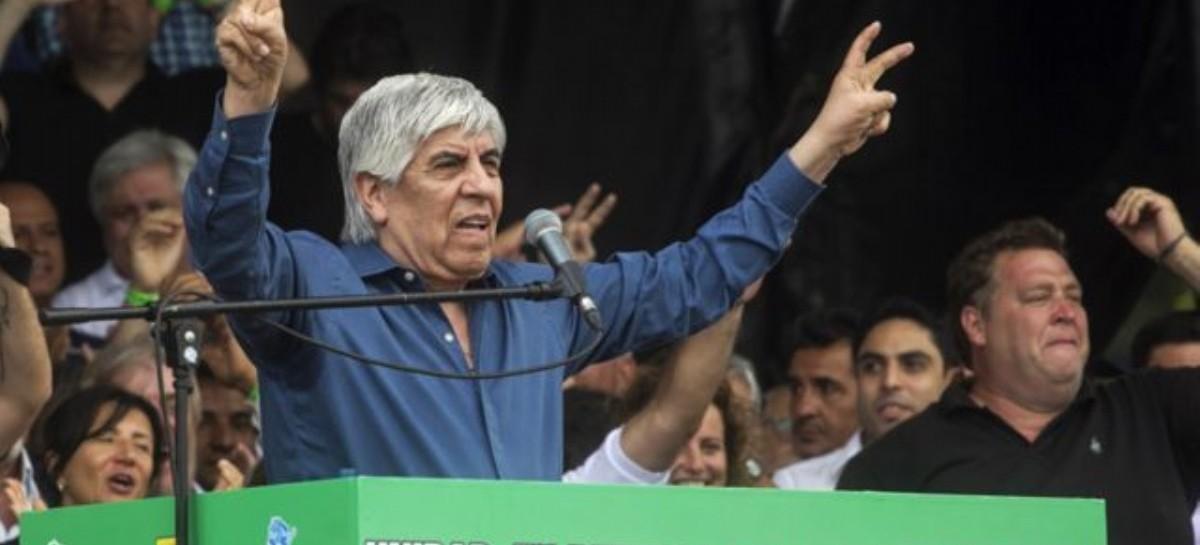 Hugo Moyano no cree en virtualidades ni en la CGT: prepara una movilización para el 17 de Octubre