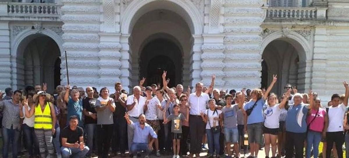 """La Plata: acto de repudio frente a la Municipalidad """"a cuatro años de la represión de Julio Garro"""""""