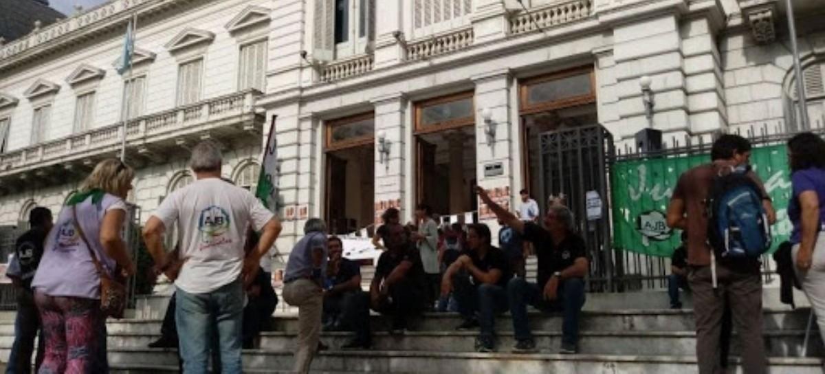 Los Judiciales siguen de tironeos con el Gobierno bonaerense por falta de acuerdo salarial