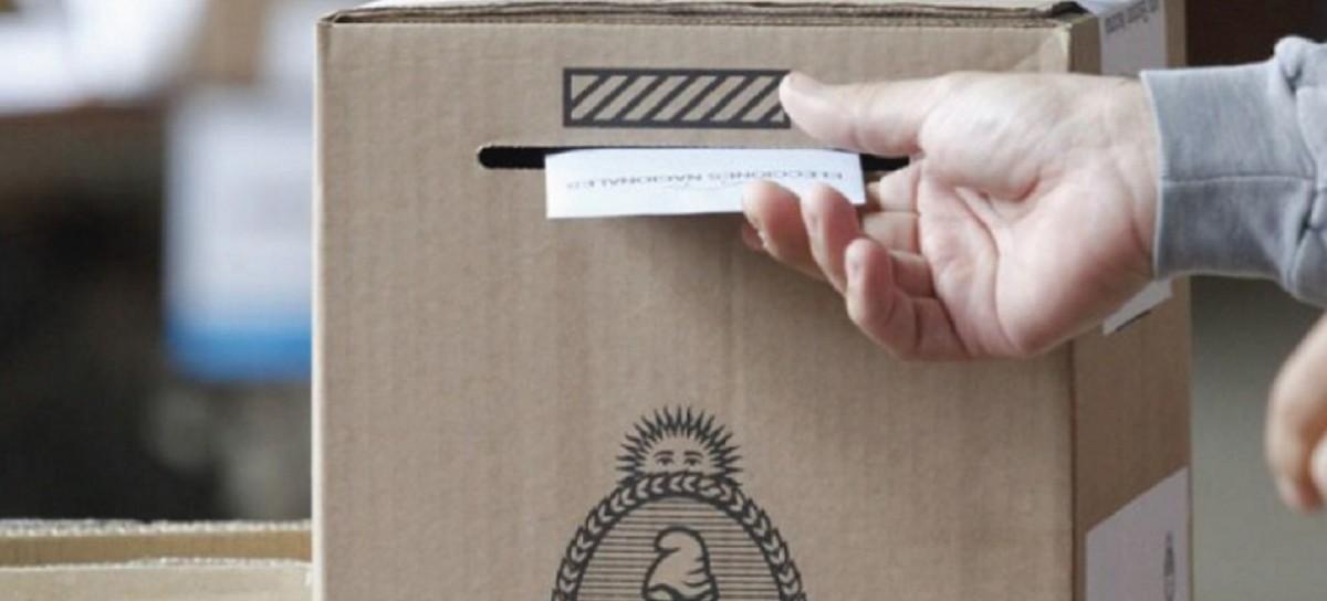 Por Decreto, el gobernador Kicillof oficializó la convocatoria a las PASO y las elecciones generales