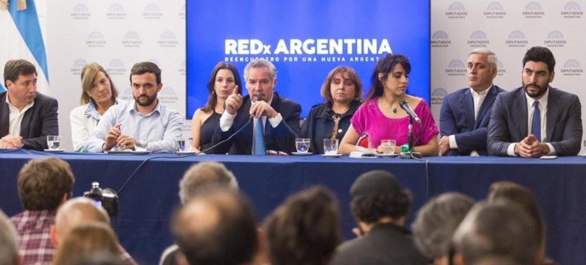 """Felipe Solá, Victoria Donda, Facundo Moyano y Daniel Arroyo, las nuevas figuras de """"Red x Argentina"""""""