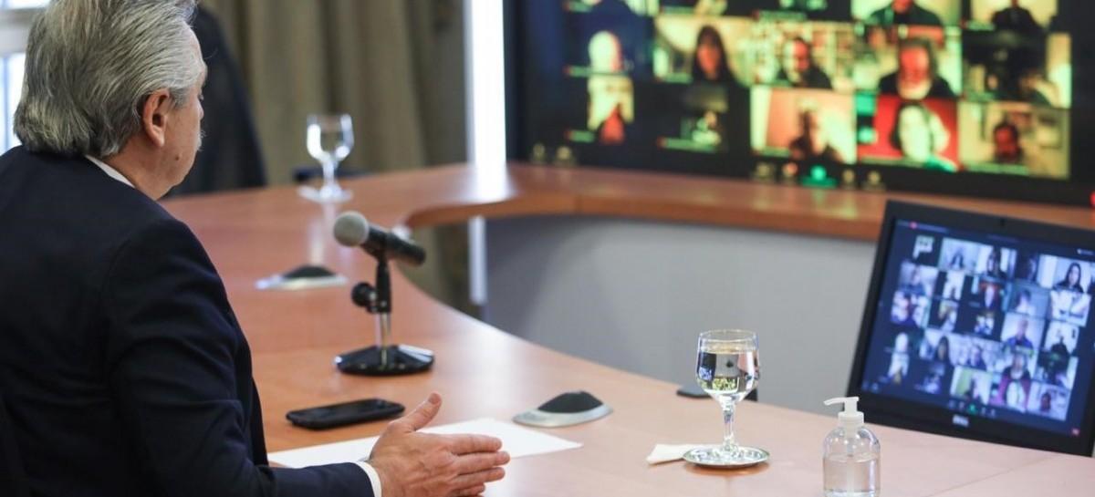 """Durante un Plenario de la CTA, el presidente Fernández pidió un acuerdo para que """"todos ganemos"""""""