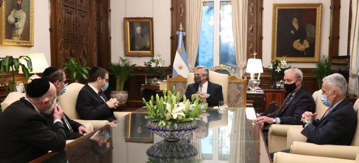 El presidente Fernández recibió a las máximas autoridades de la AMIA