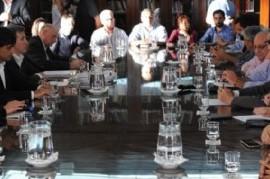 UPCN y FEGEPPBA le aceptaron a Vidal la propuesta de aumento salarial, pero ATE la rechazó