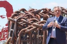 """""""Peleamos por la soberanía cultural"""", dijo Fernández al recordar la Batalla de  Vuelta de Obligado"""