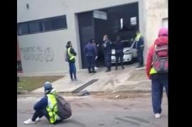 Cooperativistas de La Plata y vecinos de su galpón de base, alterados por un caso de Coronavirus
