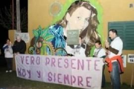 La comunidad de Salliqueló acompañó la marcha por Verónica, en el tercer aniversario de su asesinato