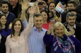 """Carrió dice lo que no se animan Macri y Vidal: """"Los que usan el corte de boleta son traidores"""""""