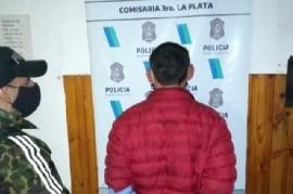 La Plata: vendía drogas frente a la cárcel de mujeres y sus clientes eran familiares de las presas