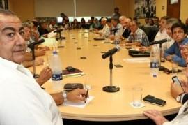 La CGT prepara una movilización junto a trabajadores y empresarios Pyme