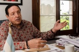 UPCN: agredieron a dos mujeres que intentaron darle una nota al secretario general Carlos Quintana