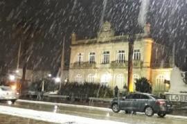 Una nevada sorprendió a varios distritos de la provincia de Buenos Aires