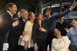 """Michetti, además de quedar políticamente relegada, es el símbolo de la """"no inclusión"""" en una selfie"""