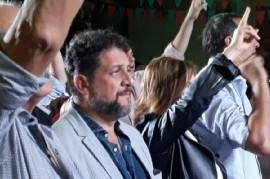 """Elecciones 2019: Ex juez platense inaugura su Unidad Básica con el apoyo de """"la estatua peronista"""""""