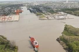 Puerto La Plata: empresarios, funcionarios y sindicalistas debaten sobre su rol y funcionamiento