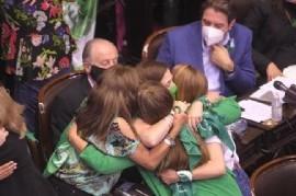 Con 131 votos a favor y 117 en contra, la Cámara de Diputados aprobó la legalización del aborto