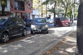 """La Plata: En el reino del """"todo vale"""", los automovilistas hacen lo que quieren"""