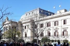 Una Fundación de La Plata impulsa que diputados bonaerenses devuelvan sus sueldos por no sesionar
