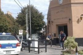 Comisaría de Quilmes, con capacidad para 12 detenidos y había 52: ¿La culpa es del comisario?