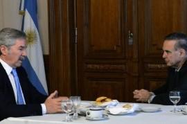 Siguen las cumbres de peronistas preocupados por la situación social: fue el turno Pichetto-Solá